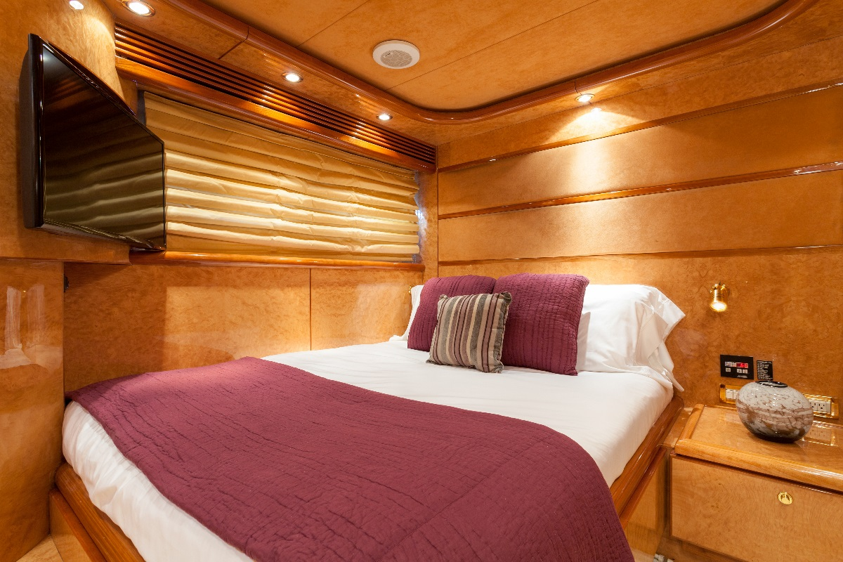 Yacht MIRACLE - Guest Cabin