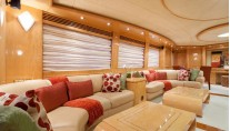 Yacht MIRACLE - Main Salon Seating