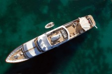 Yacht MIRAGE -  From Above