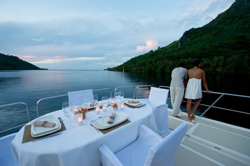 Yacht MISS KULANI -  Al Fresco Dining on the Sundeck