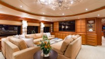 Yacht MUSTANG SALLY - Upper lounge vire forward