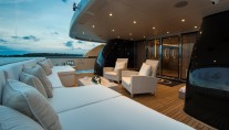 Yacht MY DARLINGS - Aft Deck Sunpads
