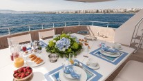 Yacht MY WAY - Aft Deck Al Fresco Dining