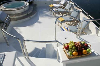 Yacht NEVER SAY NEVER -  Sundeck and Spa Pool