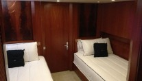 Yacht NEVER SAY NEVER -  Twin Cabin