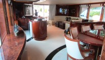 Yacht NO RULES - Salon view aft
