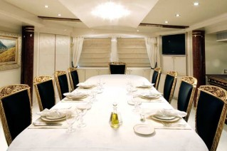 Yacht OBSESSIONS -  Formal Dining