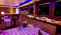 Yacht OCEAN SAPPHIRE -  Formal Dining