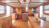 Yacht OLD DREAM -  Main Salon