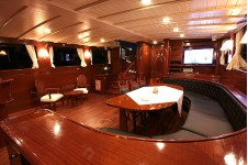 Yacht Princess Karia IV -  Salon