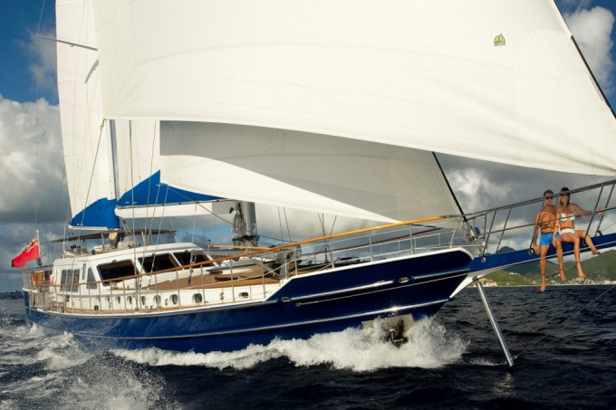 Sailing yacht QUEEN SOUTH III