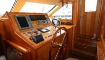 Yacht QUEEN SOUTH III -  Nav Station