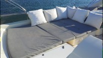 Yacht R MANY -  Flybridge Sunpads
