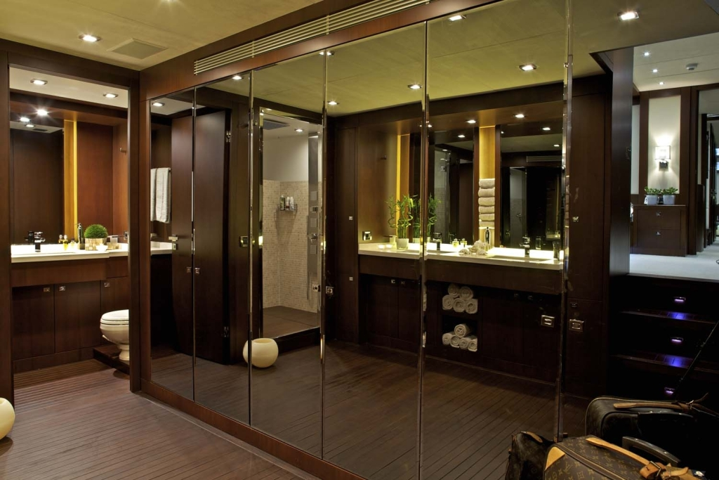 Yacht sanjana master bath luxury yacht browser by charterworld superyacht charter Small yacht bathroom design