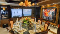 Yacht SCOTT FREE -  Formal Dining