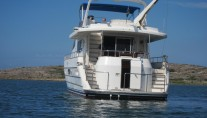 Yacht SEA DREAM -  Aft View