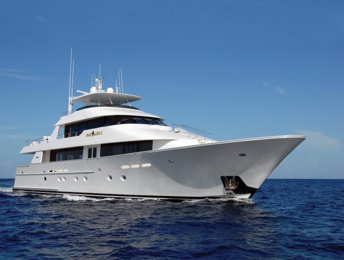 Motor yacht SERENGETI (ex Mary Alice II)