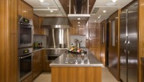 Yacht SEVEN Js  -  Galley