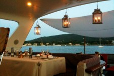 Yacht SILVER FOX -  Flybridge Al Fresco Dining