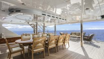 Yacht SILVER LINING - Upper deck dining