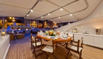 Yacht SOPHIE BLUE -  Sundeck Dining