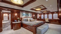 Yacht SOVEREIGN 55 - Master stateroom main deck