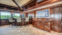Yacht SOVEREIGN 55 - Upper deck bar