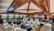 Yacht SOVEREIGN 55 - Upper deck lounge