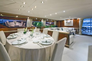 Yacht SUNLINER X -  Formal Dining