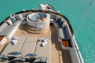 Yacht SWEET ESCAPE - Spa Pool