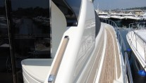 Yacht TEONE - Side Deck