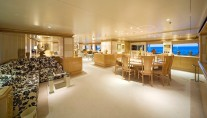 Yacht TITAN -  Dining Salon