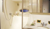Yacht TOP SECRET -   Guest Ensuite