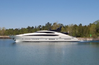 Yacht Vantage - Image courtesy of Palemer Johnson .JPG