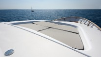Yacht WOLF TWO -  Foredeck