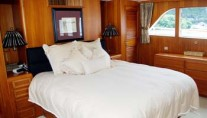 Yia Sou - Main Deck Master Suite