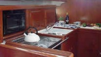 beneteau 423 galley
