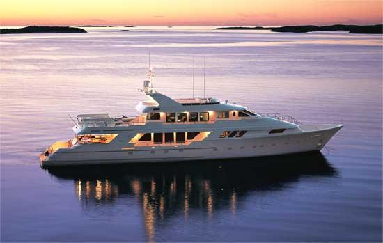 Motor Yacht 'Big Play'