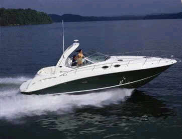 Sundancer 340 motorboat