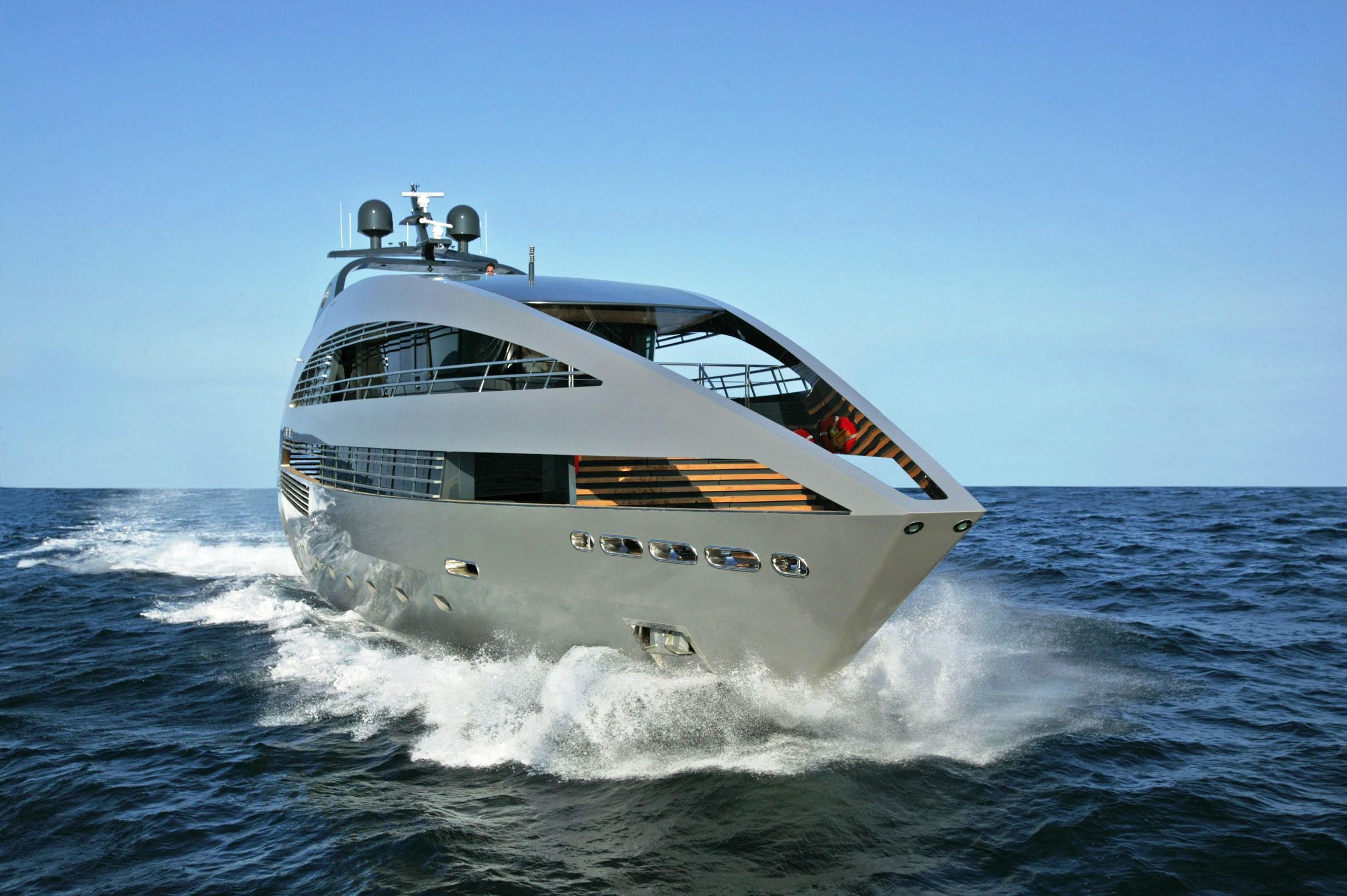 Ocean pearl yacht charter superyacht news for Bateau de luxe interieur