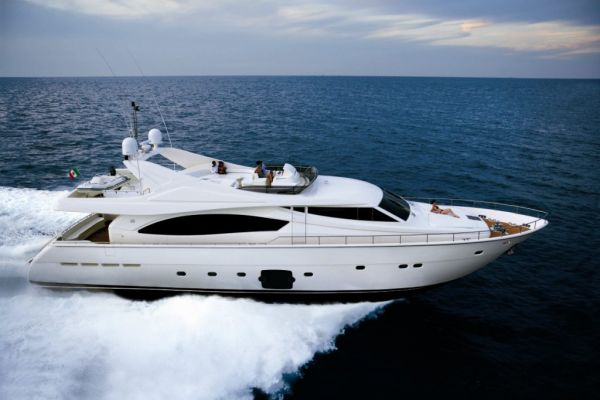 Ferretti 881 - Ferretti Yachts. Ferretti 881 stands out for the balance of ...