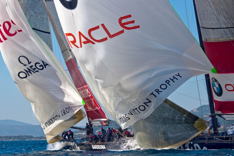 Louis Vuitton Trophy, Race Day 9. BMW ORACLE Racing (USA) vs Emirates