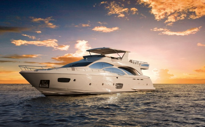 Azimut 95 Luxury Yacht at the Miami International Boat Show 2012