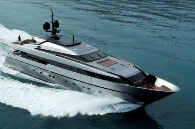 The Sanlorenzo 40 Alloy Series Motor Yacht Photo Courtesy of Sanlorenzo