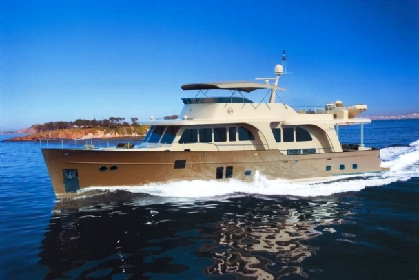 Vicem Yachts 78 Cruiser. Vicem challenged their award-winning designers to ...