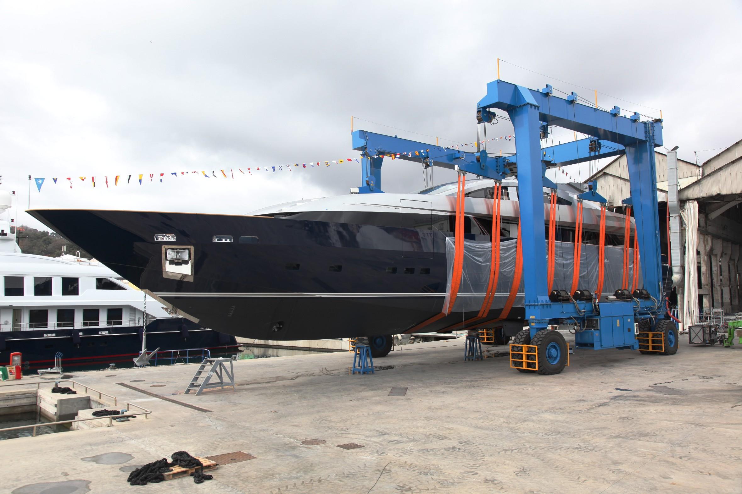 Baglietto Super Yacht LUCKY ME · MotorYacht Ferretti 500 and MotorYacht ...