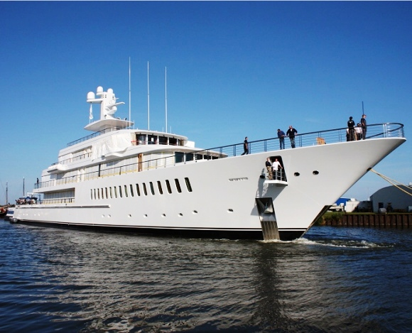 feadship XL Image Courtesy from LeBlogLux