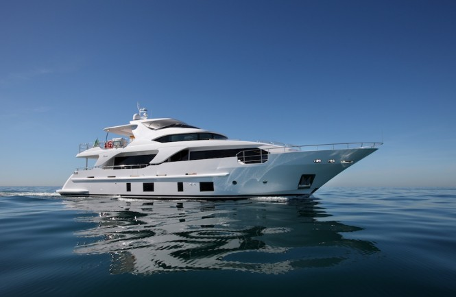 Benetti Super Yacht Delfino 93 Profile