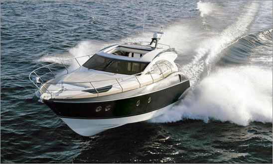 Marquis yacht, a 420 Sport Coupe - Credit Marquis Yachts