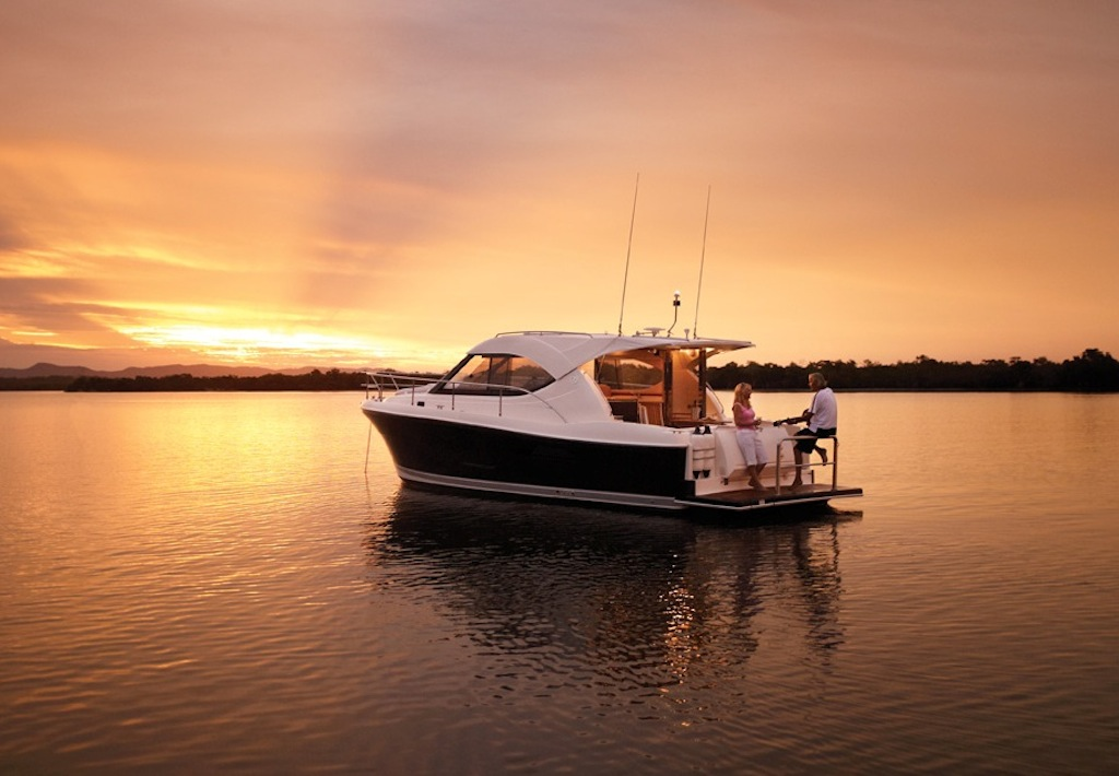 The Riviera 3600 Sport Yacht is now available with IPS